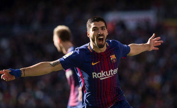 Luis Suarez iski Barcelonan voittomaalin.