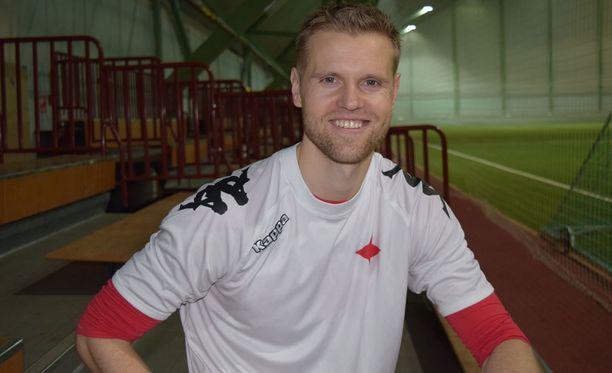 Juho Mäkelä odottaa jo Stadin derbyjä.