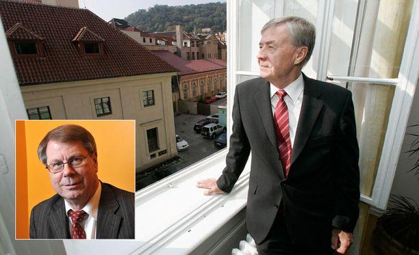 Toimittaja-poliitikko Jaakko Laakso ja entinen suurlähettiläs Jorma Inki löytyvät nyt julkaistulta listalta.