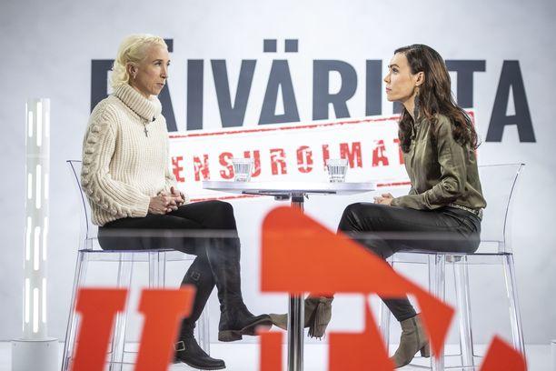 Annemari Kiekara on vieraana Sensuroimattoman Päivärinnan uusimmassa jaksossa.
