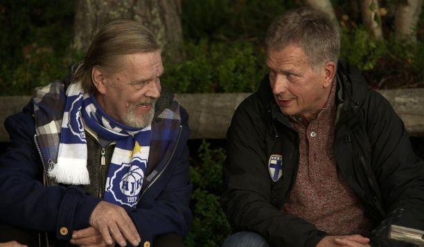 Sauli Niinistö vieraili Vesa-Matti Loirin ohjelmassa Loirinuotiolla.
