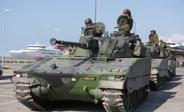 Ruotsin nykyinen puolustus on maanpuolustuskorkeakoulun asiantuntijan Stefan Ringin mukaan mitoitettu lähinnä kansainvälisiin tehtäviin.