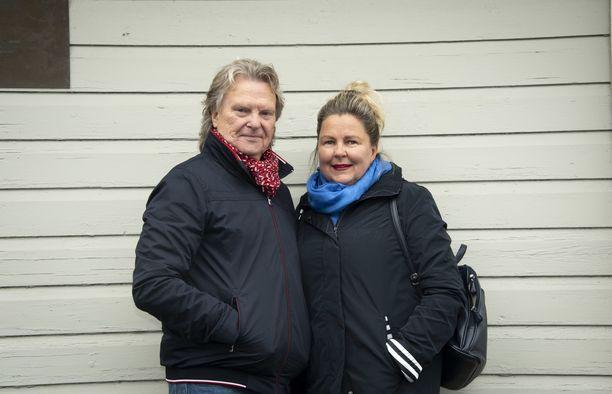 Pepe Willberg ja Pauliina Visuri ovat tyytyväisiä Olet mitä syöt -ohjelmaan osallistumisesta. Kuva: Tiia Heiskanen
