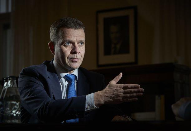 Kokoomuksen Petteri Orpon mukaan EU:sta ei olla vieläkään tekemässä puolustusliittoa.