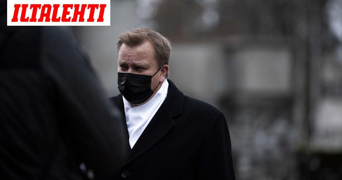 Aikakausi päättyi Tuomas Gerdtin hautajaisissa  Riitelyn...