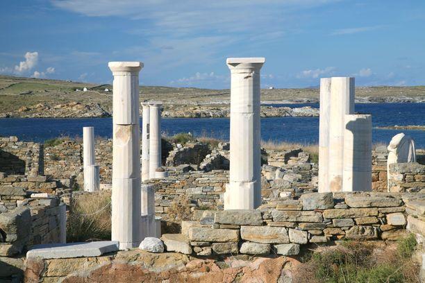 Delos on täynnä arkeologisia ihmeitä. Ehdoton retkikohde antiikin historiasta kiinnostuneelle.