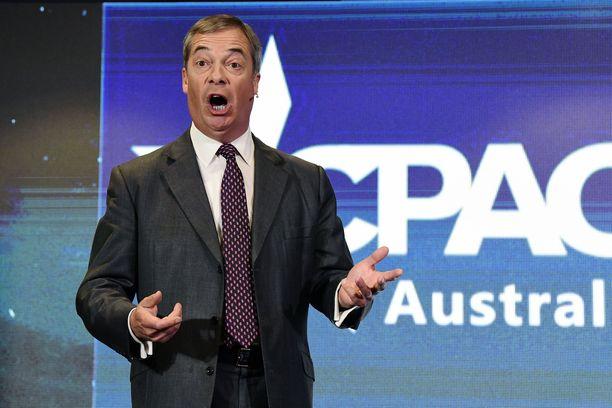 Nigel Farage puhui viikonloppuna sadoille ihmisille konferenssissa.