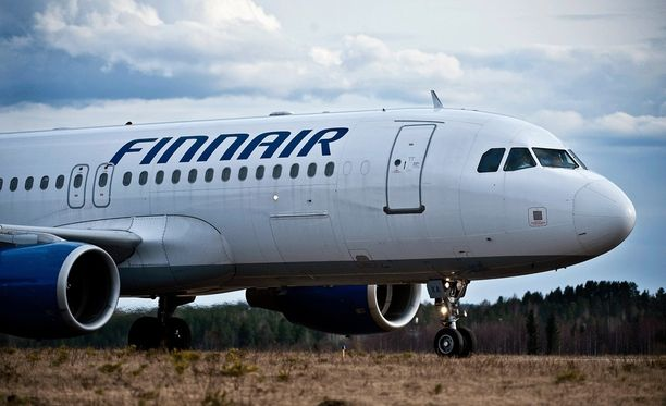 Finnairin lento 666 selvisi jälleen perjantain 13. päivän lennosta. Kuvituskuva.
