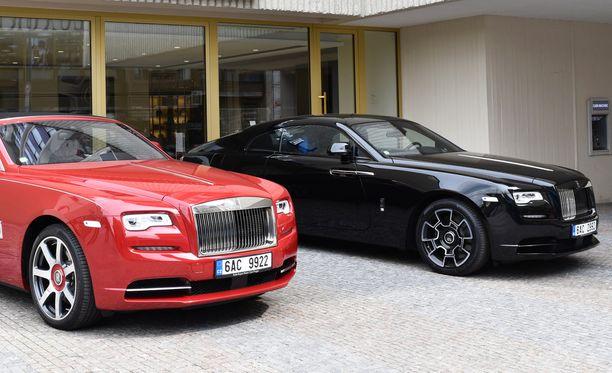 25-vuotis Robert Junior osti syyskuussa kaksi Rolls Roycea.