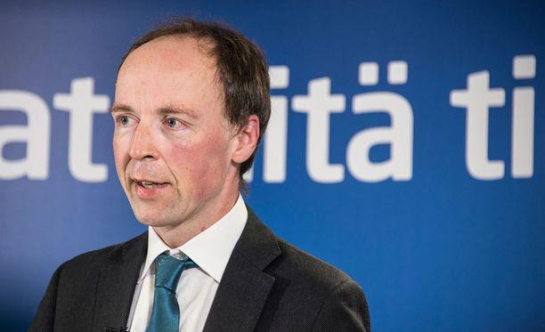 Jussi Halla-ahon mukaan perussuomalaisille kelpaa nykyinen hallitusohjelma, kunhan puolueelle tärkeitä kirjauksia toteutetaan.
