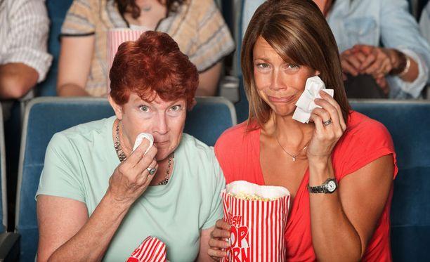 Kun itku on reipasta, vuotaa osa kyyneleistä ulos nenän kautta.