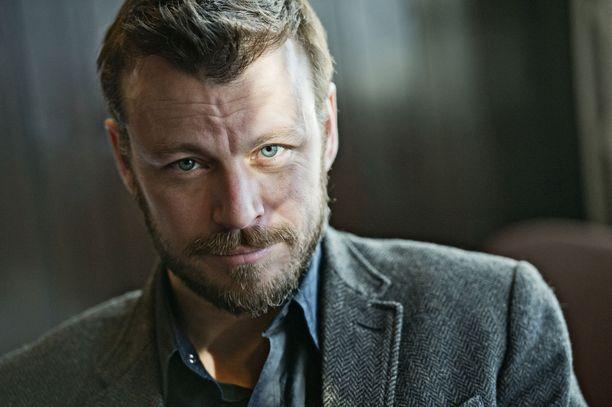 Peter Franzén tähdittää uutta fantasiasarjaa.