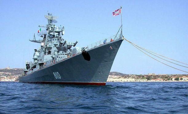 Venäläinen hävittäjäalus Smetlivy. Kuva vuodelta 2003.