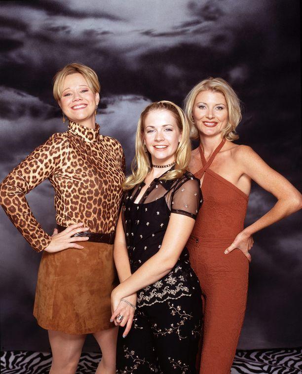 Sabrina ja noitatädit vuonna 1997.