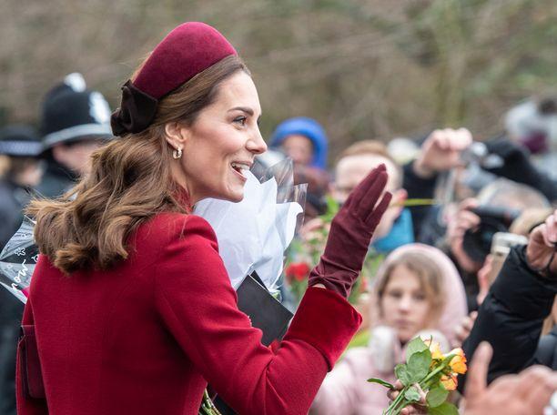 Toisin kuin somessa huhutaan, herttuatar Catherinen avustaja ei ole jättämässä työtään.