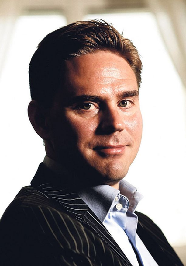 OTETAAN RAUHALLISESTI. Valtiovarainministeri Jyrki Kataisen (kok) mielestä pahin virhe on sortua paniikkiratkaisuihin.