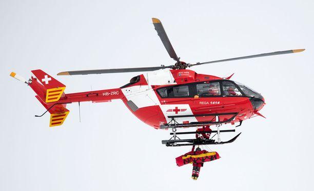 Mirjam Puchner vietiin helikopterilla sairaalaan.