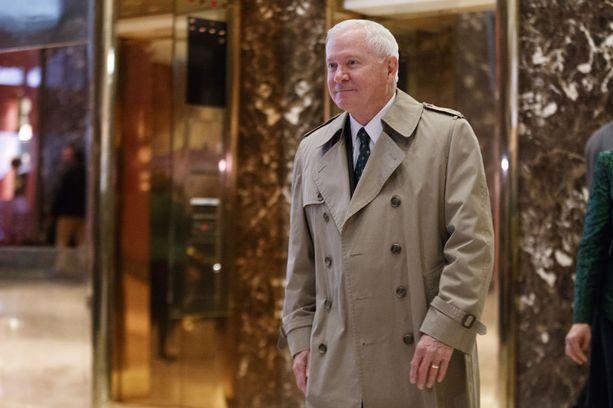 Ex-ministeri Robert Gates on Tillersonin tuttu partiopiireistä.