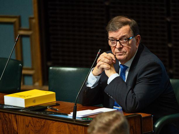 Kansanedustaja Paavo Väyrynen kuvattuna eduskunnassa viime lokakuussa.