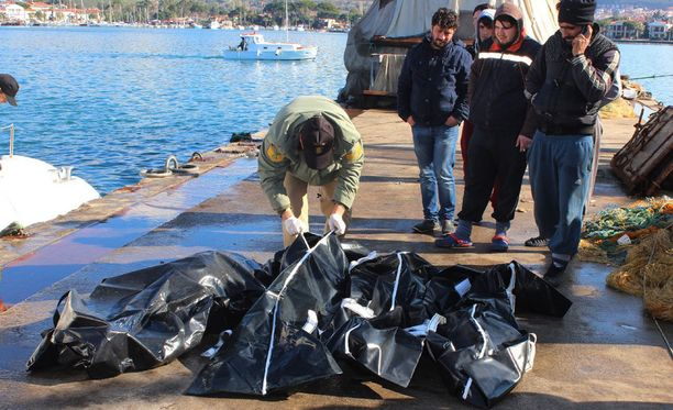 Viimeksi eilen Egeanmerestä nostettiin 12 ruumista.
