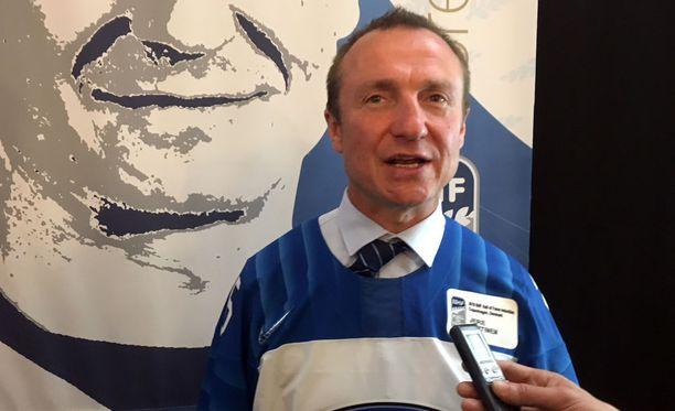 Suomen A-maajoukkueen manageri Jere Lehtinen ei pyhänä Kööpenhaminassa halunnut rupatella Leijonien otteista MM-kisoissa.