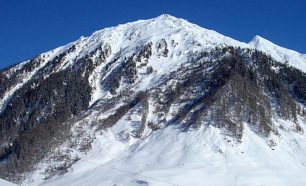 Onnettomuus tapahtui Tirolissa Jochgrubenkopf-nimisen huipun lähellä.