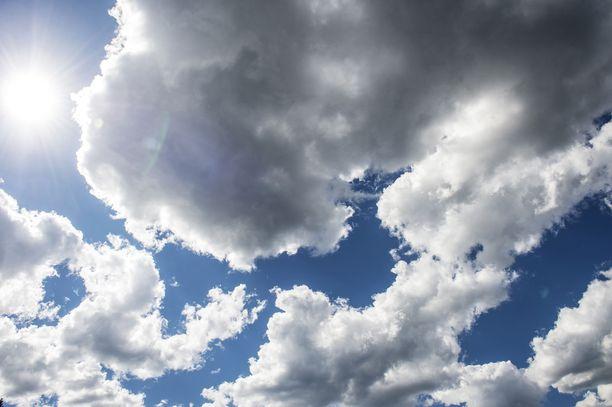 Tänään on odotettavissa pilvistä säätä eri puolilla maata.