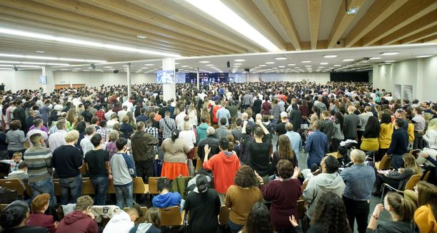 Mulhousen herätyskokoukseen osallistui 2 500 ihmistä. Kokoontuminen jatkui viisi päivää ja joukossa oli tartuttaja.