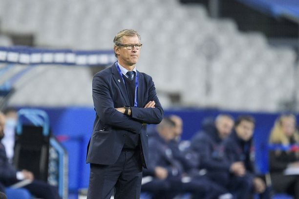 Markku Kanerva toimii Suomen jalkapallomaajoukkueen päävalmentajana.