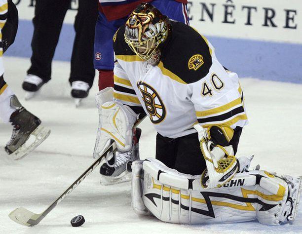 Toronto Maple Leafs varasi Tuukka Raskin vuonna 2005 numerolla 21.