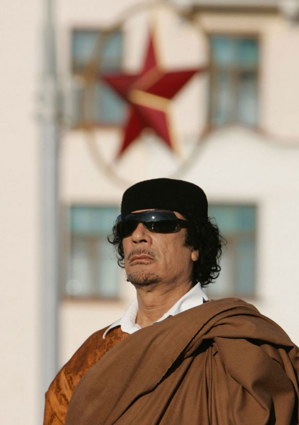 Muammar Gaddafi on pitänyt sitkeästi kiinni vallasta.