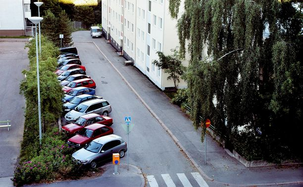 Rikos tapahtui tällä pikkukadulla Helsingin Haagassa..