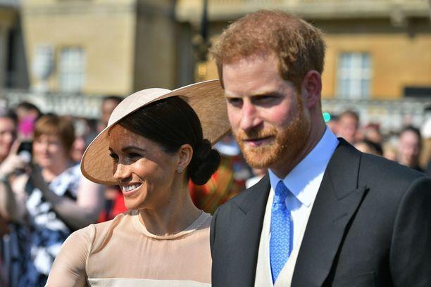 Herttuatar Meghan ja prinssi Harry ovat asiantuntijan mukaan kuin luksusmerkin mainoksesta.