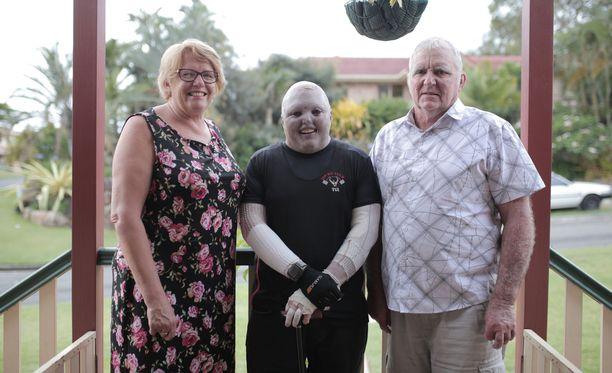 Jenny ja Peter Clifford ovat olleet poikansa tukena alusta asti.