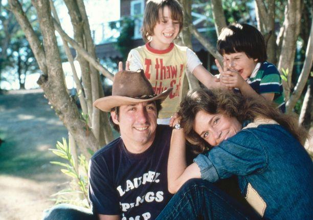 Aviomies numero kahden, eli Tom Haydenin, kanssa Jane oli naimisissa vuosina 1973-1990.