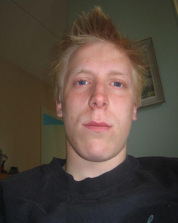 Teemu Puumala, 17, katosi kymmenen vuotta sitten.