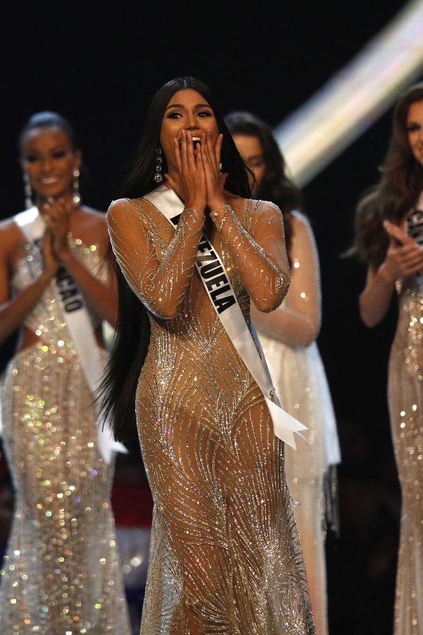Miss Venezuela Sthefany Gutierrez sijoittui kolmanneksi Miss Universum 2018 -kilpailussa.