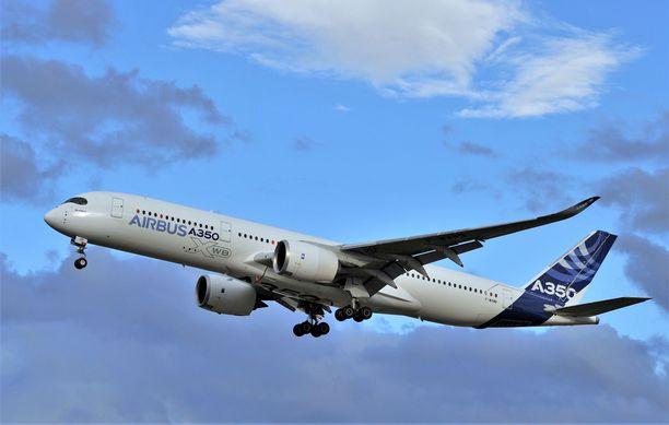 Vaurioitunut kone on Finnairin vuokraamaa Airbus A350. Sopimus edellyttää koneen pitämistä virheettömänä. Kuvan kone ei ole sama.