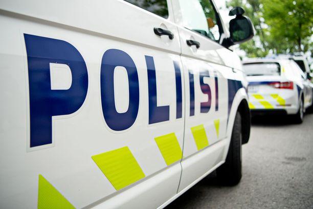 Poliisi tutkii kuolemantapausta Vantaalla (arkistokuva).