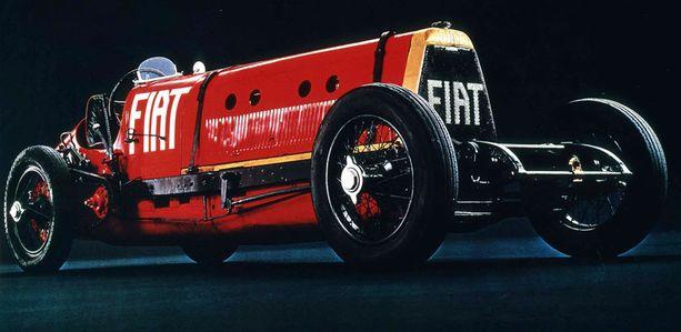 URAAAAA Fiat SB4 Eldridgen lentokoneenmoottori karjui sadan jellonan lailla. Siitä lempinimi Mesfistofeles.
