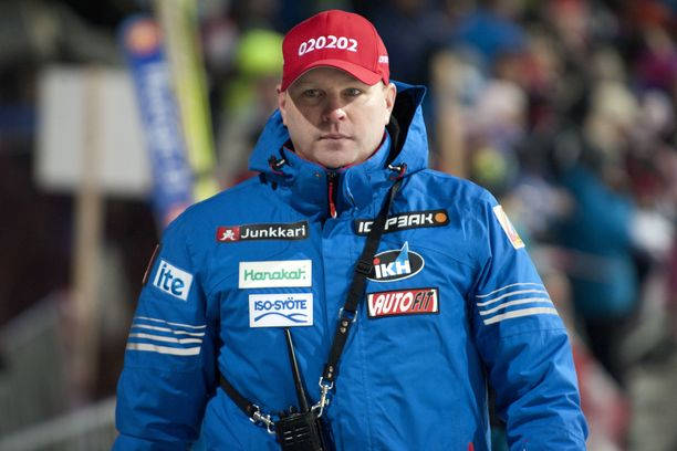 Pekka Niemelä vaihtaa Turkin maajoukkueen Kiinan maajoukkueeseen.