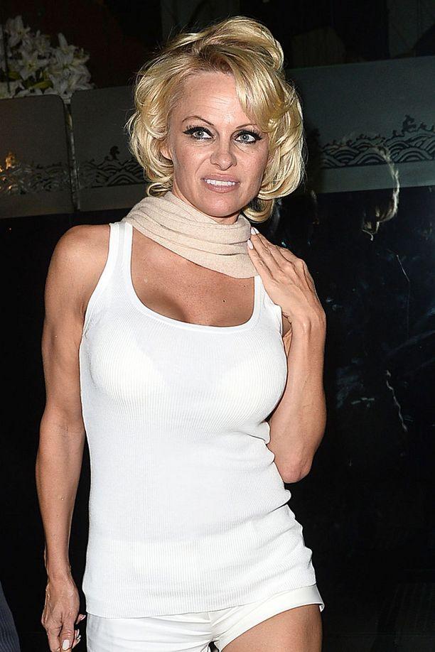 Pamela täyttää kesällä 48 vuotta.
