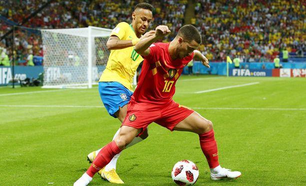 Eden Hazard ja Neymar kohtasivat MM-turnauksen puolivälierässä.
