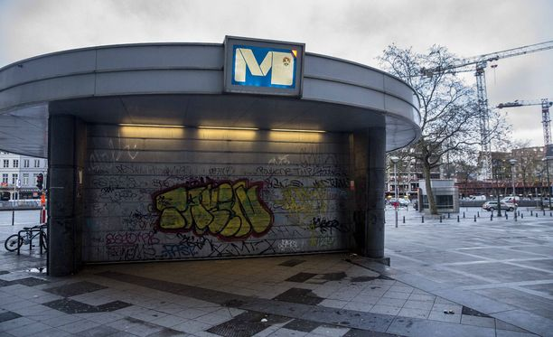 Brysselin metro on suljettu terroriuhkan takia.