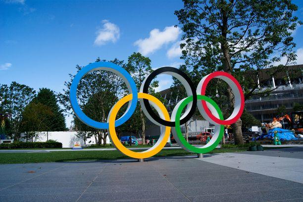 Olympiarenkaat odottavat Tokiossa, mutta kisat ovat yhä vaakalaudalla.