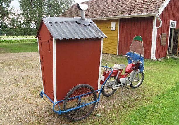 """2. Pappa-mopo-sauna """"Olen rakentanut tällaisen Pappa tunturi saunan ,myös kiuas on omatekoinen. Saunominen on tärkeää saunassa unohtuu kaikki huolet."""""""