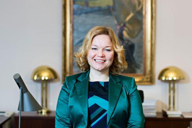 Krista Kiuru vuonna 2013 ollessaan opetusministerinä.