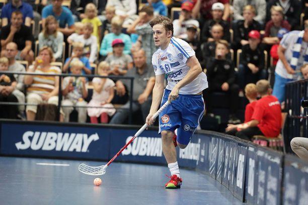 Peter Kotilainen ja Suomi puolustavat salibandyn maailmanmestaruutta.