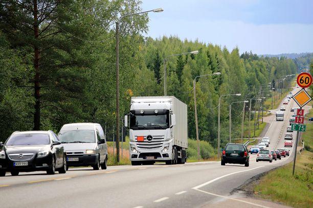 Nelostie on Suomen ruuhkaisimpia.