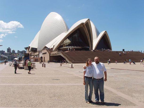 Poseeraus Sydneyn auringossa vuonna 2005.